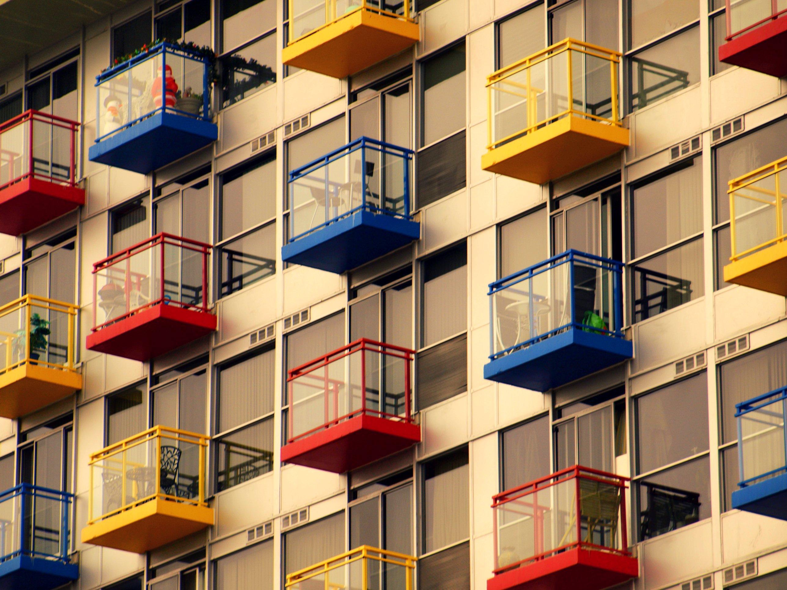 самые необычные балконы фото наконец, северную столицу
